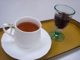 nonij-tea.jpg